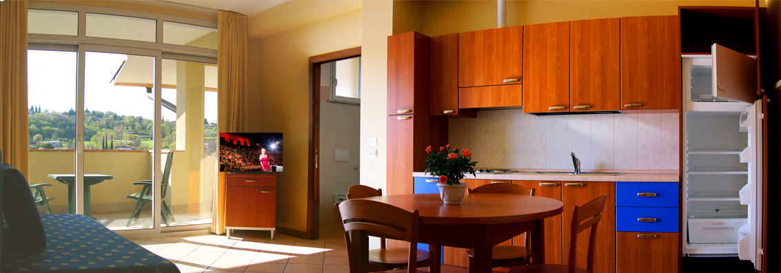 one Zimmer Ferienwohnungen Gardasee, wifi, Manerba