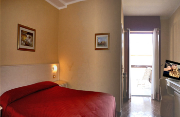hotel rooms on Garda lake
