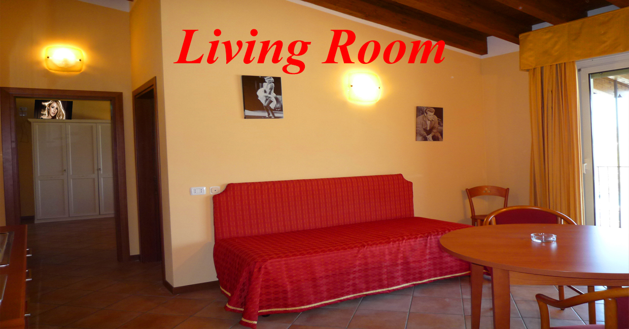 Family Rooms Room in Manerba A holiday near the Gulf of Garda where you can save money without sacrificing luxury